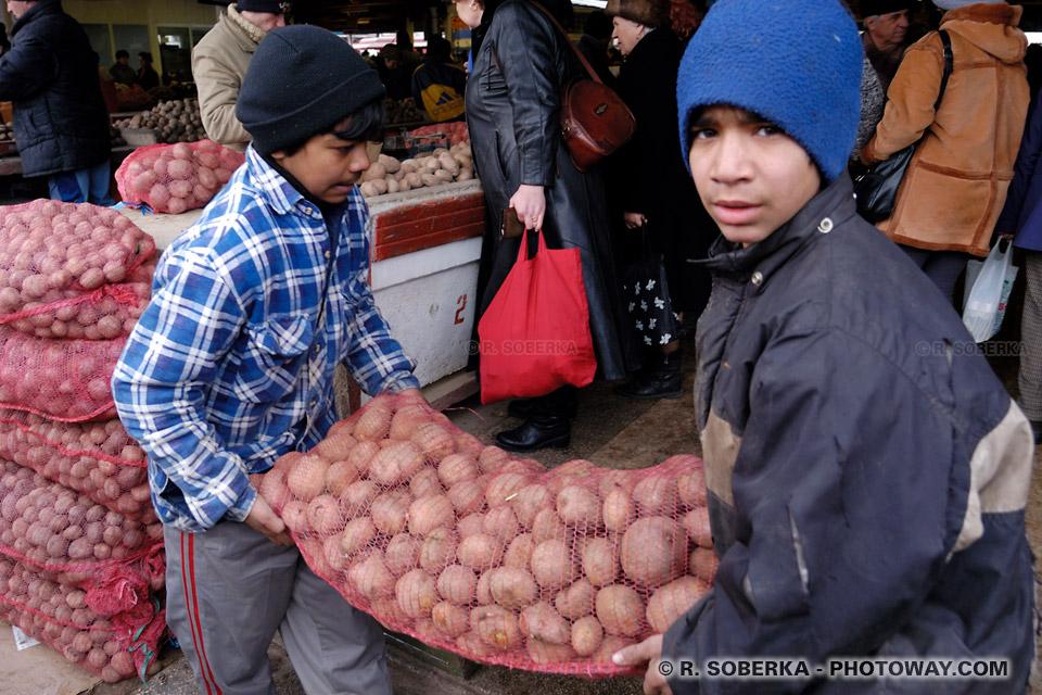 mineurs étrangers isolés (M.I.E.) - accords franco-roumains dans actualité ROM03_027-travail-enfants-tziganes