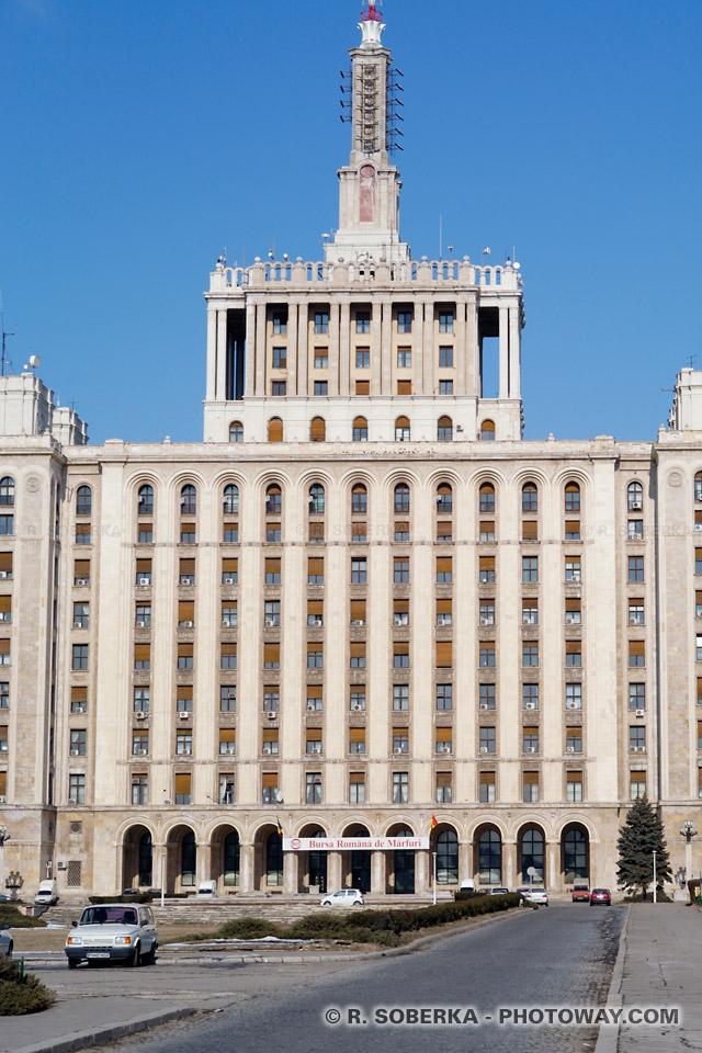 Image Photo bourse de Bucarest photos de journaux Roumain Casa Scanteij