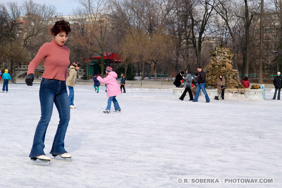 Images Photo de patinage photos d'une patineuse à la patinoire de Bucarest