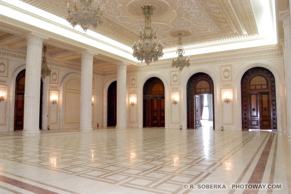 Image Photos des lustres de cristal et magnifiques salles Palais de Ceausescu