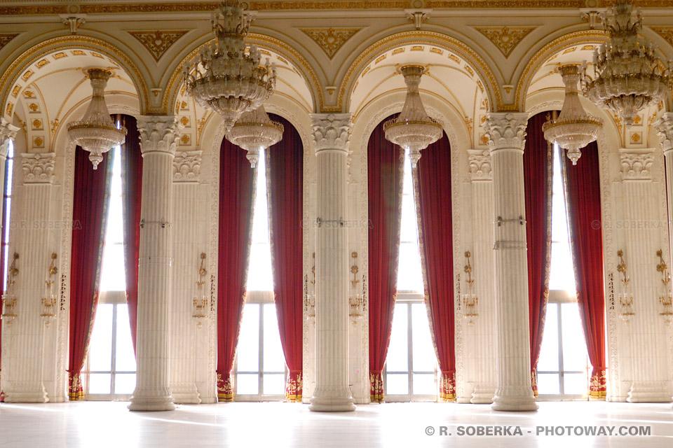 Image Photo fenêtre Photos des fenêtres du Palais de Ceausescu à Bucarest