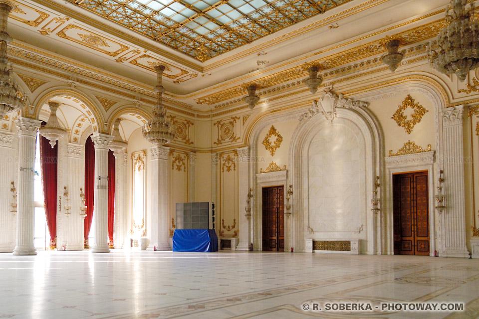 Image Photo de la salle de bal du Palais de Ceausescu photos à Bucarest