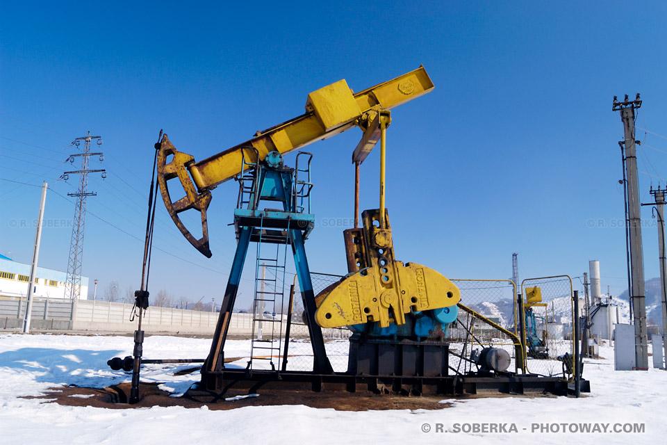Image Photo de derrick à pétrole photos de derricks pompes à pétrole images