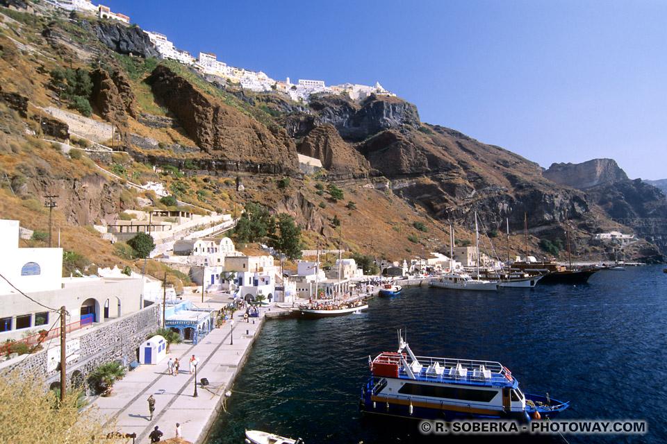 Port Messa Galios à Santorin