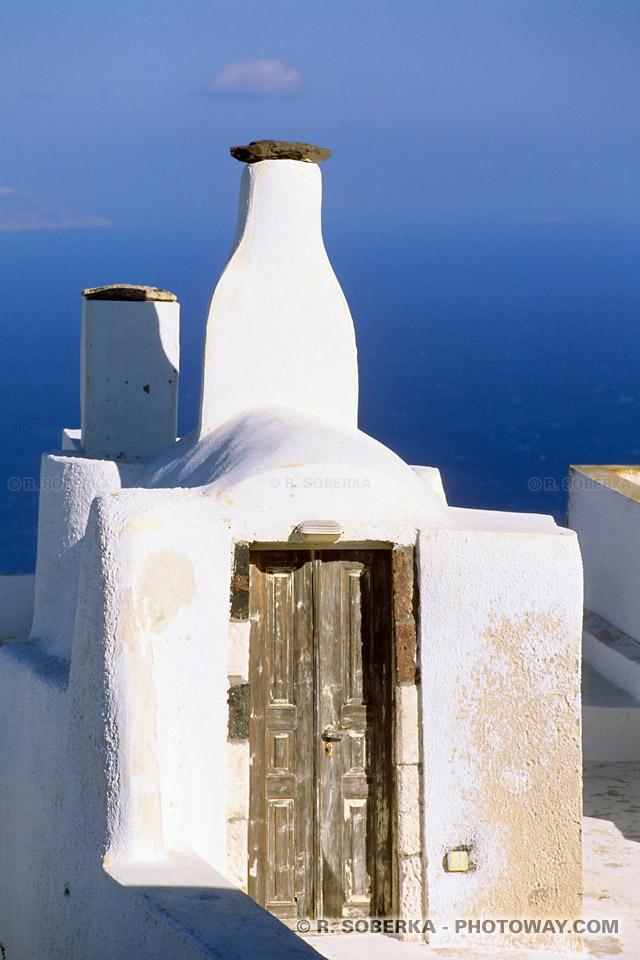 cheminée originale à Santorin