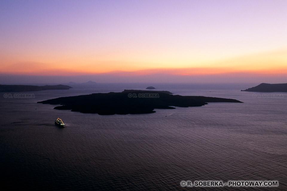 île Mythique de Santorin ou Atlantide