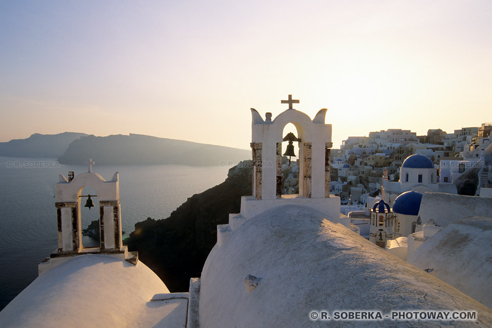 clochers Santorin photo de vacances