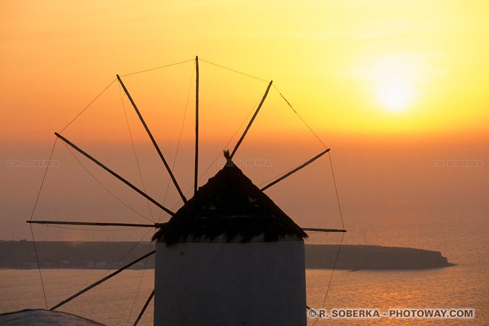 Fond d'écran coucher de soleil sur Santorin couchers de soleil en Grèce