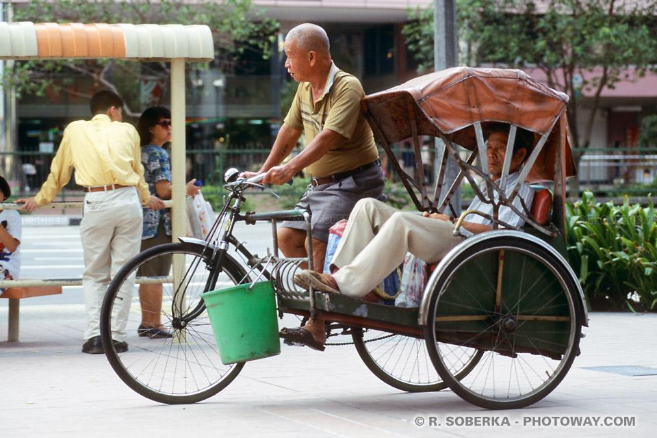 Clichés stéréotypés à Singapour : Photo de pousse pousse