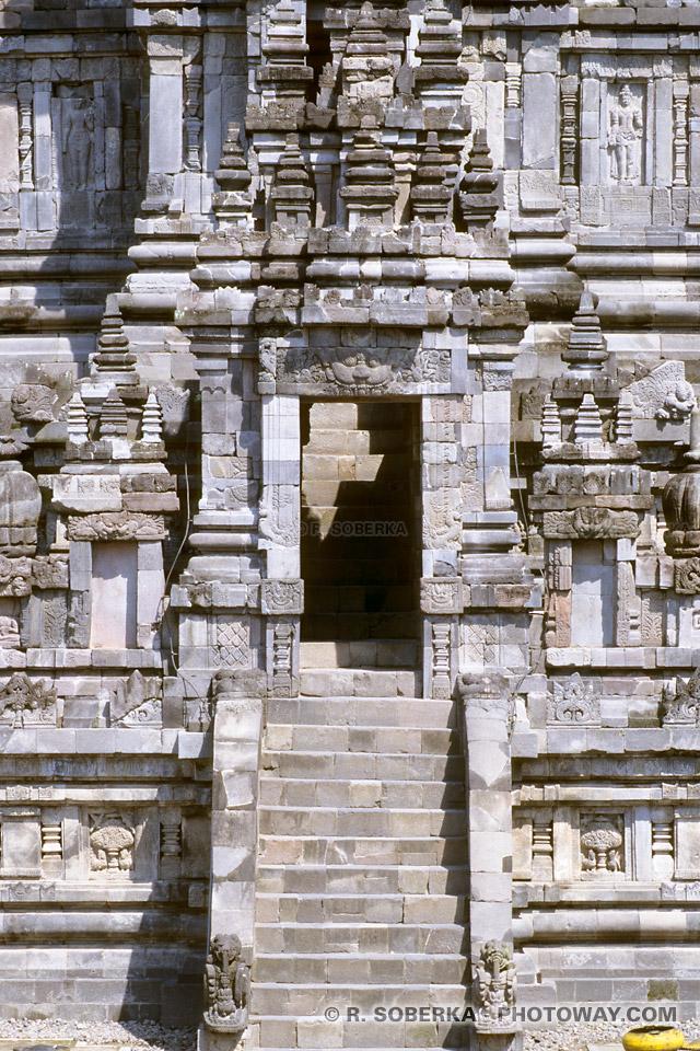 Images de Temples Hindous en indonésie : temple de Prambanan