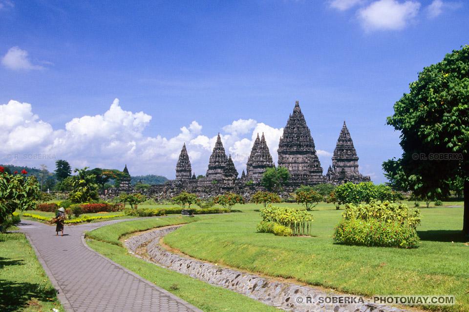 Images de Voyage : visite de Prambananen Indonésie