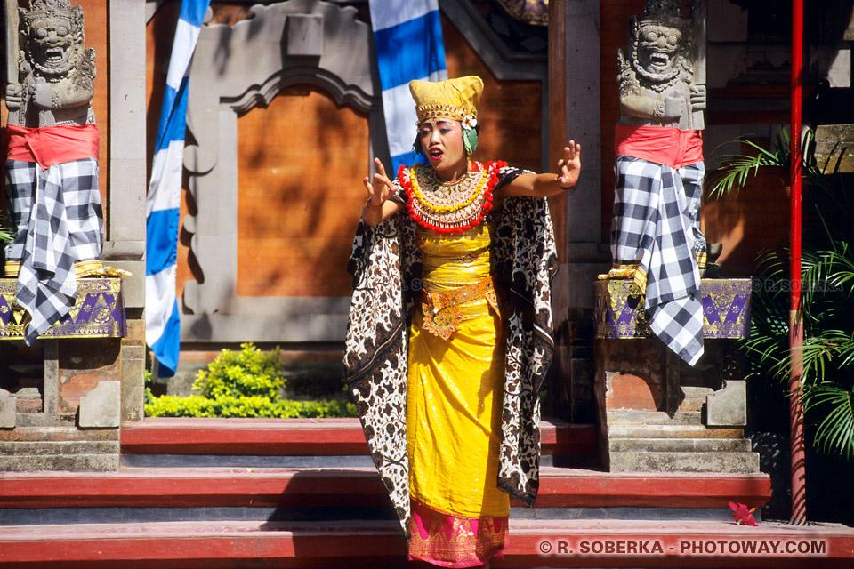 Photos de spectacle à Denpasar et Batubulan à Bali