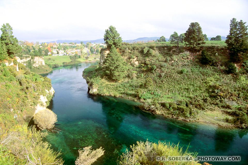 Photos eaux pures à Taupo en Nouvelle-Zélande
