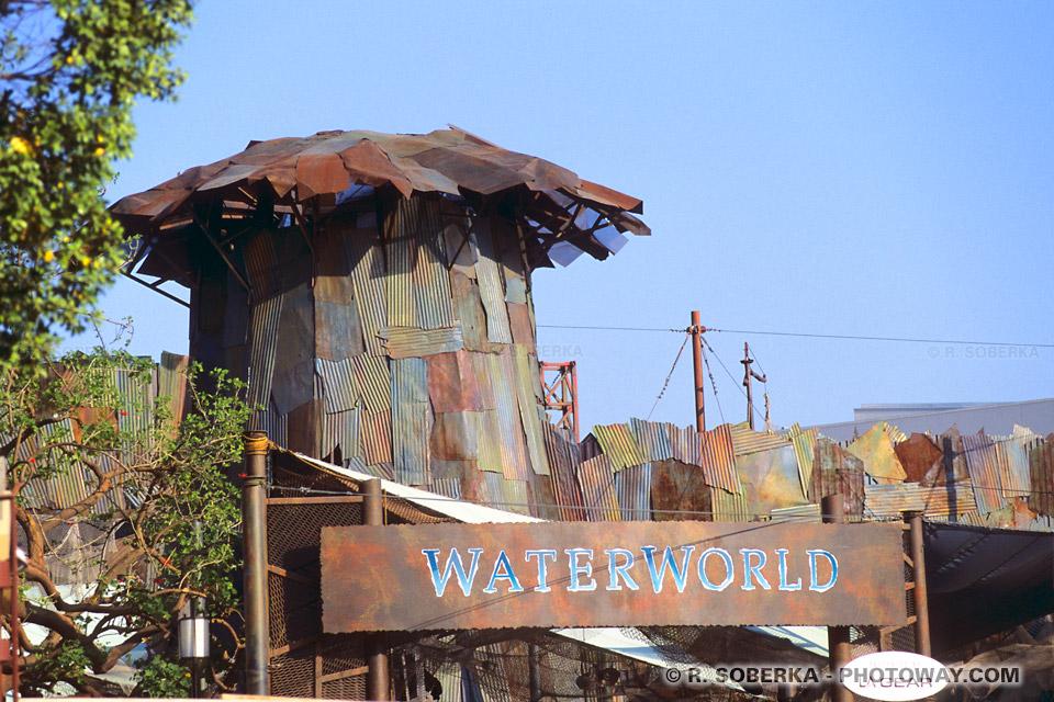 Photos de Waterworld et de la forteresse du film