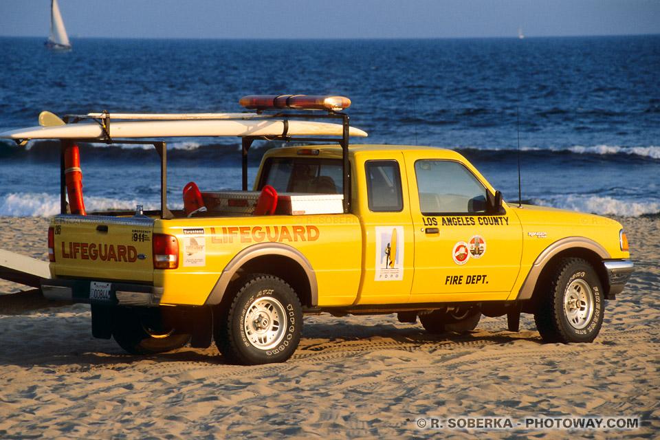 Photos de Pick Up Américain sur la plage en Californie